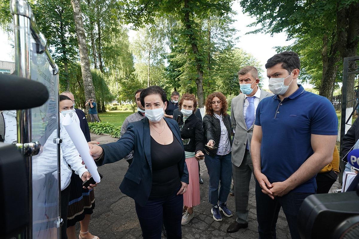 Алиханов дал властям Советска 2-3 года на ремонт дорог, ливневой канализации и перекладку коммуникаций